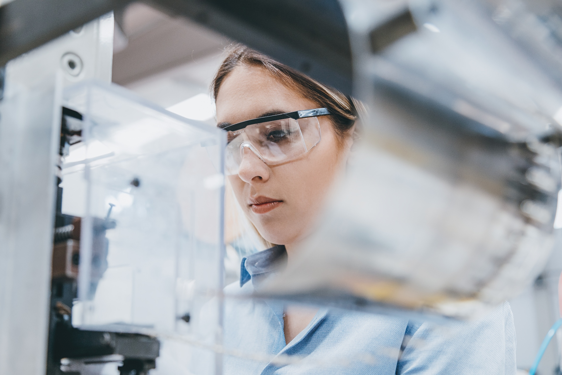 women-lab